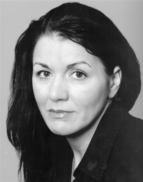 Jo Fisher Headshot