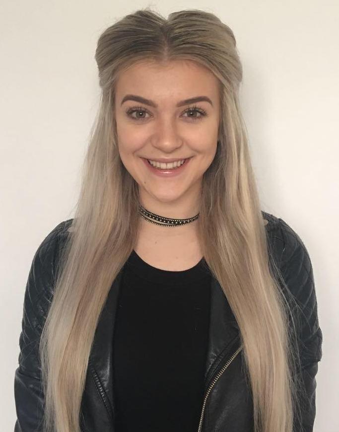 Molly Marsh Headshot