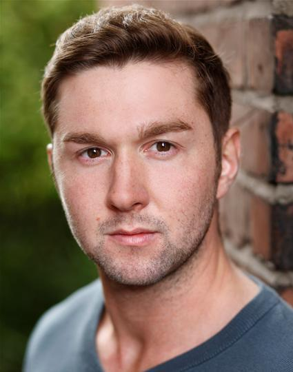 Danny Tennant Headshot