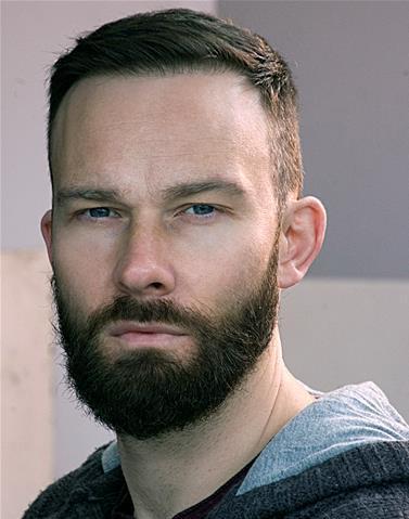 Scott Vickers Headshot