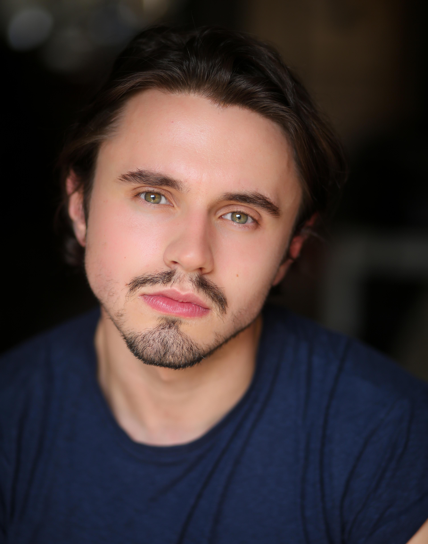 Joshua Lewindon Headshot