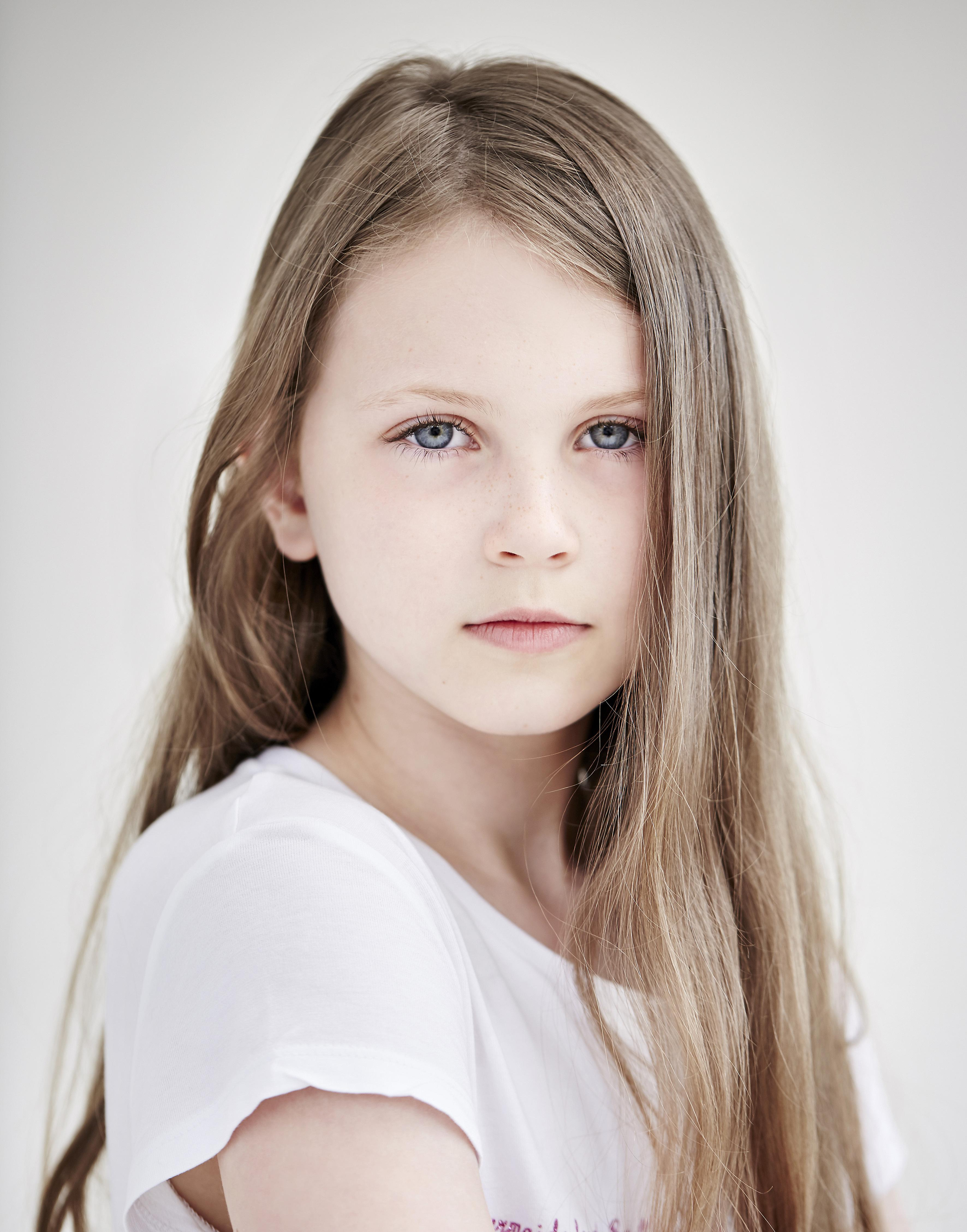 Phoebe Eglin Headshot