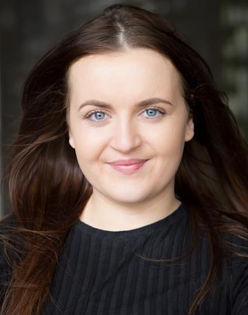 Sasha Corfield Headshot