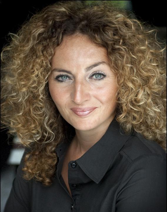 Vanessa Pound Headshot