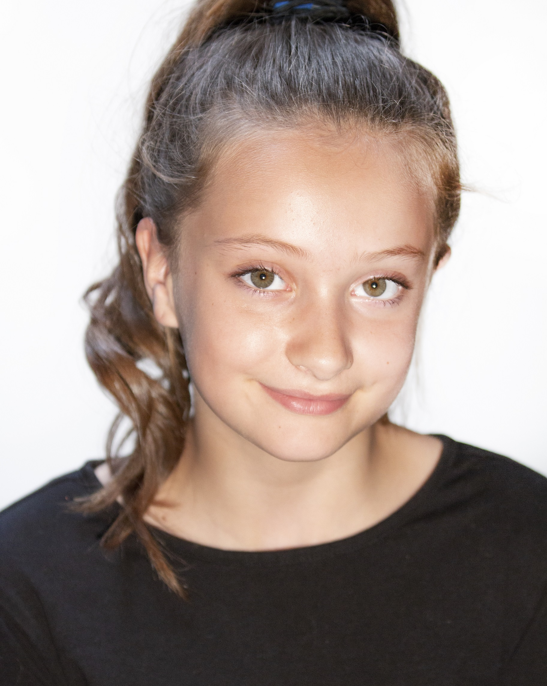 Poppy Rigg Headshot